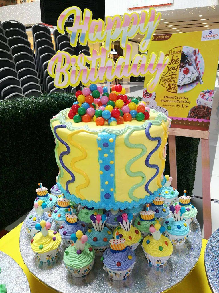 Goldilocks National Cake Day 11262017 birthday cake