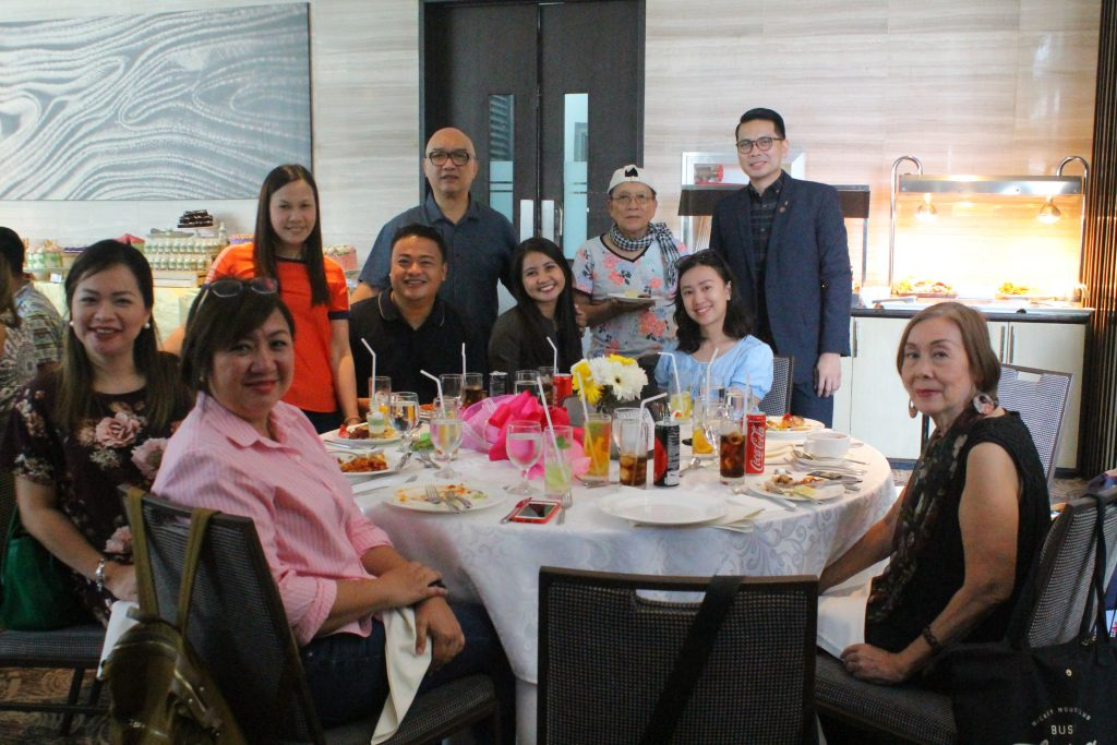 Davao lifetyle writers and bloggers with the empowered Moms of Davao tourism and hospitality industry (1)